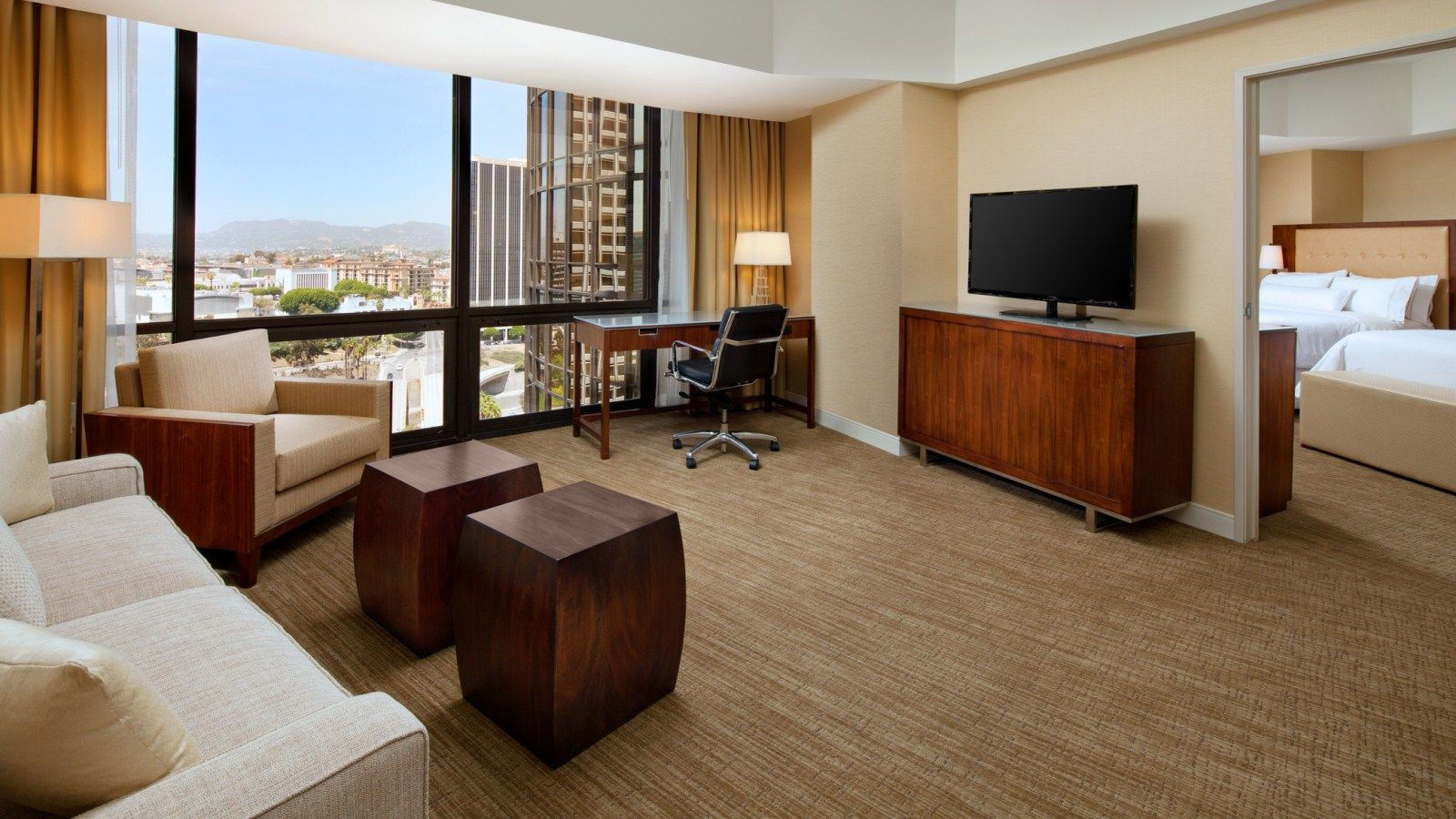 The Westin Bonaventure Hotel & Suites, Los Angeles - Accommodations