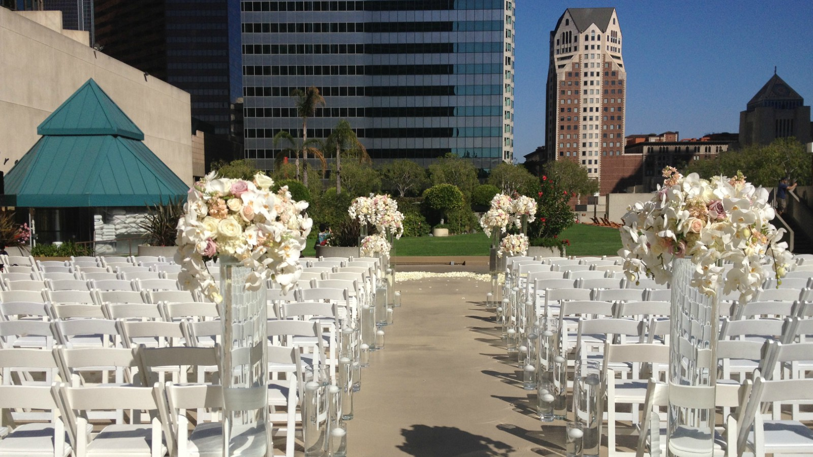 Outdoor wedding venues los angeles the westin bonaventure hotel suites los angeles Garden wedding venues los angeles