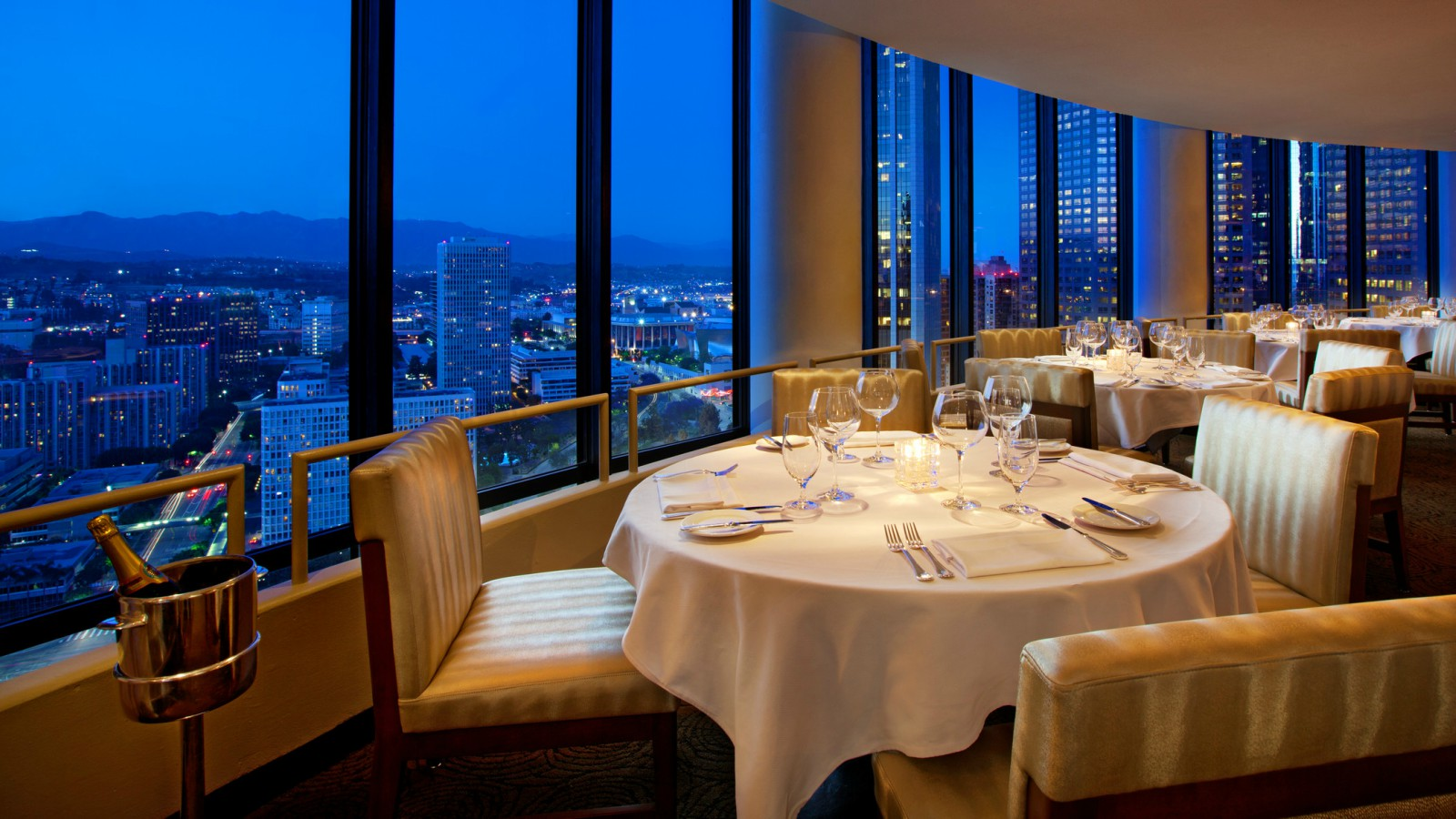 Los Angeles Luxury Hotel Amenities | The Westin Bonaventure Los Angeles Hotel and Suites